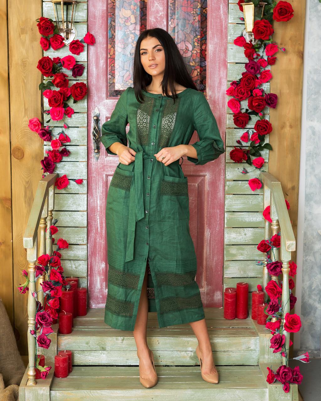 Платье с кружевом из льна зеленого цвета
