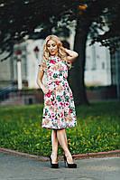 Летнее легкое женское платье с карманами и цветочным принтом