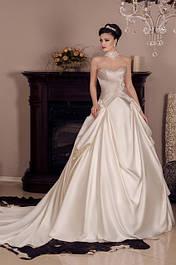 Свадебные платья и аксессуары от дизайнера отшив 25-30 дней.