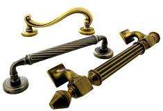 Виды дверных ручек для межкомнатных дверей