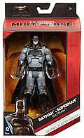 "Фигурка Бэтмен из к/ф ""Бэтмен против Супермена"" - Batman, Grapnel Blaster Replica, DC Comic, Multivers, Mattel"