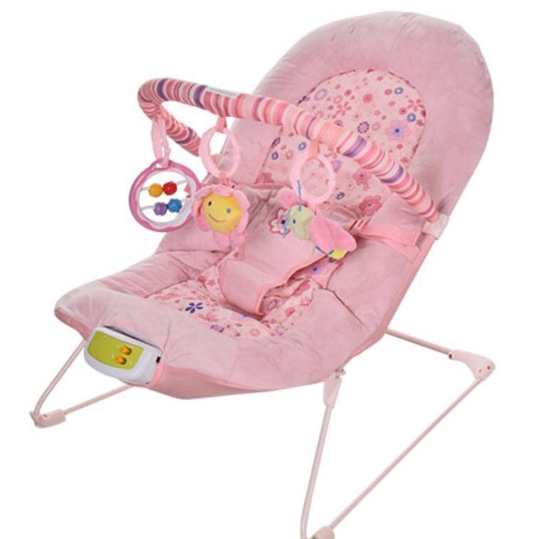 Шезлонг-качалка Bambi 30602 Розовый с дугой и подвесками