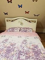 Ліжко(кровать) з натурального дерева(ясен) з різьбою.