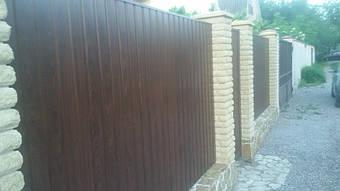 Установка забора из профнастила под ключ в Обуховском районе