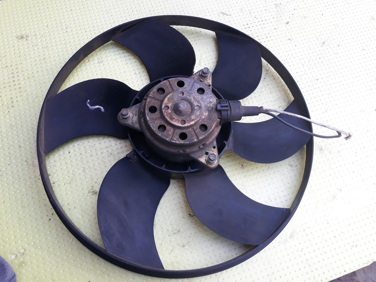Вентилятор радиатора охлаждения Renault Scenic 1 megane 1 рено сценик 1 меган 1 8240257