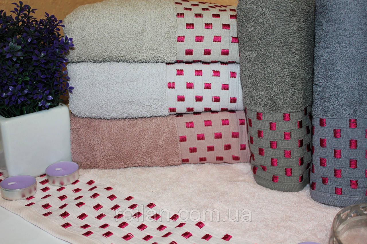 Метровые турецкие полотенца Малиновая точка