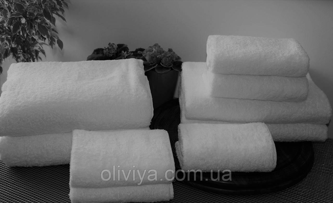 Махровое полотенце для гостиниц белое 50х90