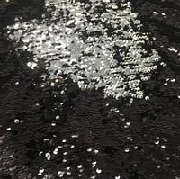 Пайетки двухсторонние на ткани ( трикотаж, эластичный) 25 х 30 см, цвета черный - серебро