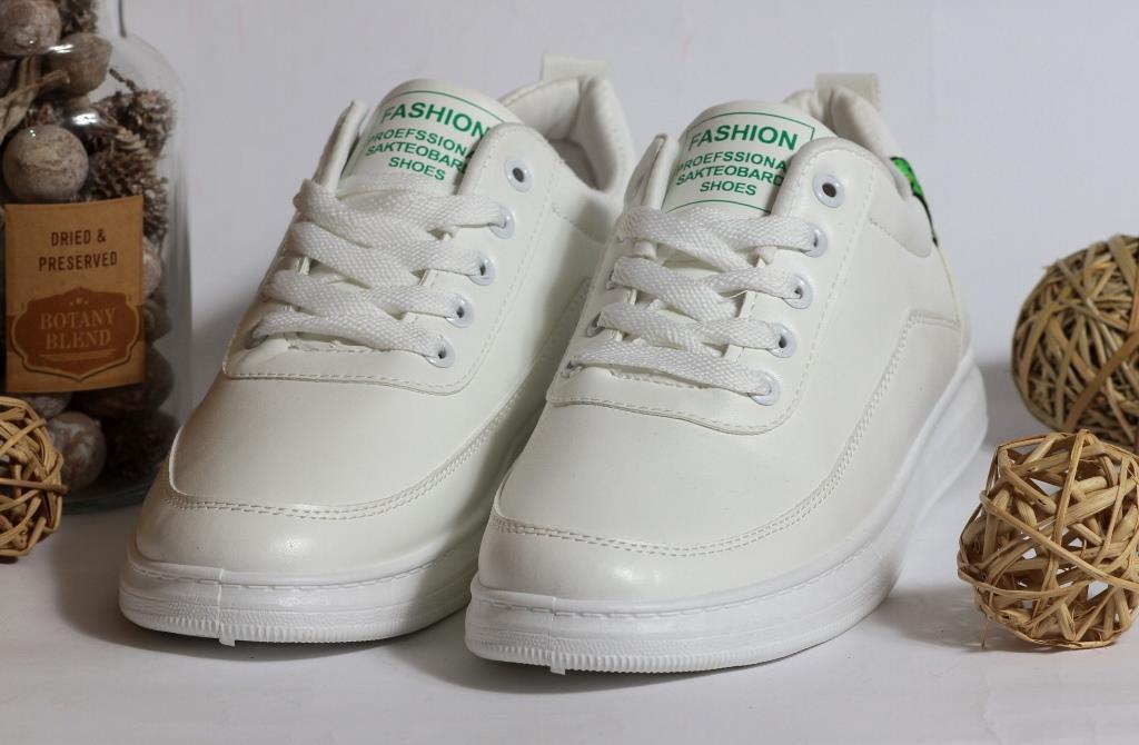 0319 Кроссовки Fashion белые с зелеными элементами