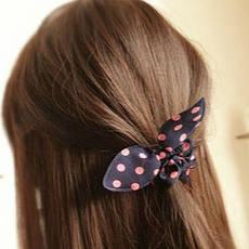 Резинки и банты для волос