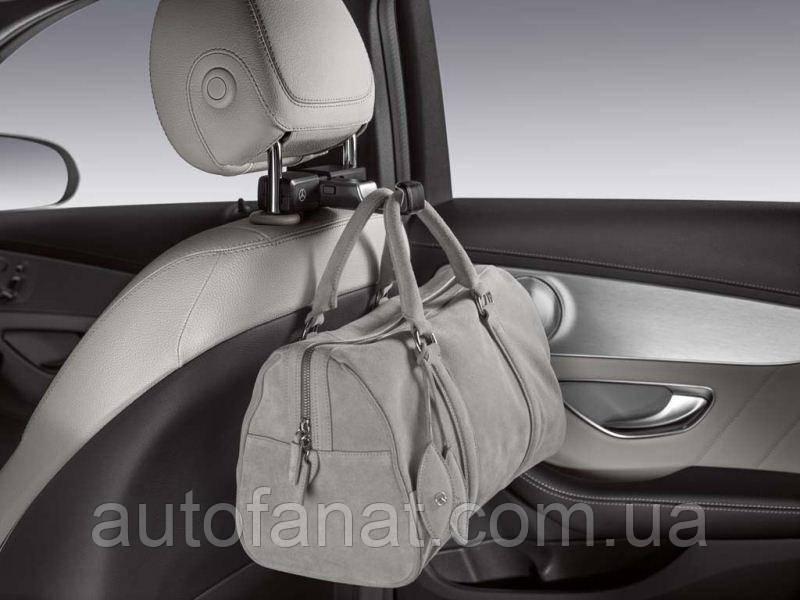 Оригинальный универсальный крючок Mercedes Universal Hook (A0008140000)