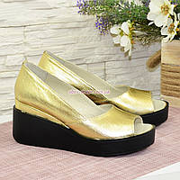 Туфли женские кожаные с открытым носком. Цвет золото. 37 размер, фото 1