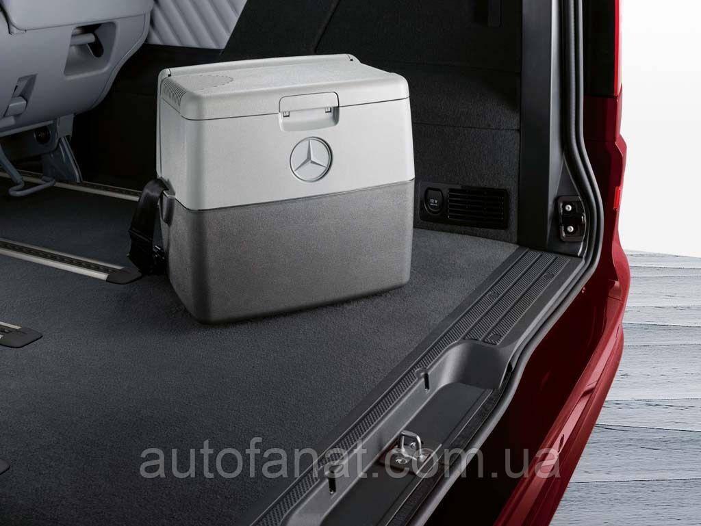 Оригинальный переносной холодильник Mercedes Coolbox Travelbox, 16,5 Liter (B66560300)