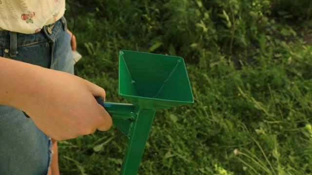 Высаживания семян сеялкой СКК