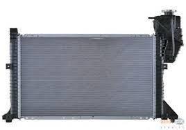 Радиатор охлаждения MB Sprinter 2.9TDI (+АС, АКПП) 9015003400