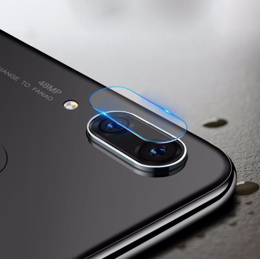 Защитное стекло на камеру для Xiaomi Mi 8 Lite