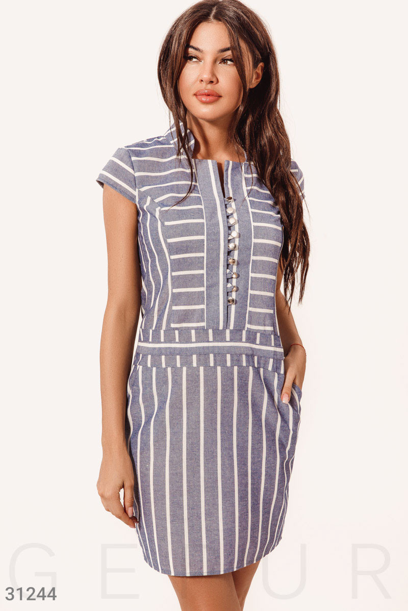Приталенное платье в полосатый принт синее