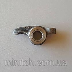 Коромисло клапана дв. КМ-385 Вт