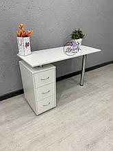 Белый маникюрный стол, офисный, компьютерный, письменный стол.