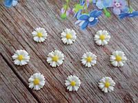 "Серединка, кабошон ""Ромашка-мини"", цвет белый, d 9 мм, 10 шт."