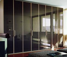 Шкафы с распашными фасадами ДСП