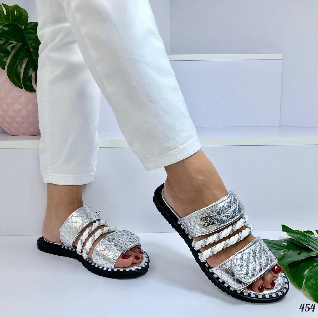 Женские шлепанцы серебро Brand Lux 454