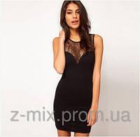 Утонченное черное платье