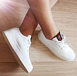 Gucci! Белого цвета  красивые кожаные кеды мокасины женские слипоны в стиле Гуччи, фото 2