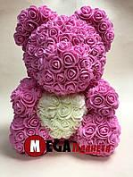 Мишка из роз Teddy Rose розовый с белым сердцем (40см) в коробке подарок