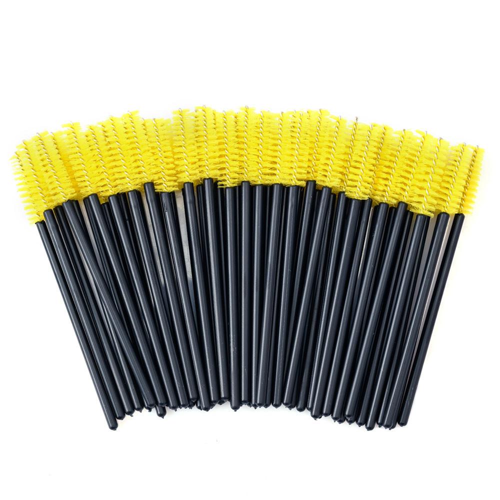 Щеточки для расчесывания ресниц желтые с чёрной ручкой, 50 шт. в упаковке