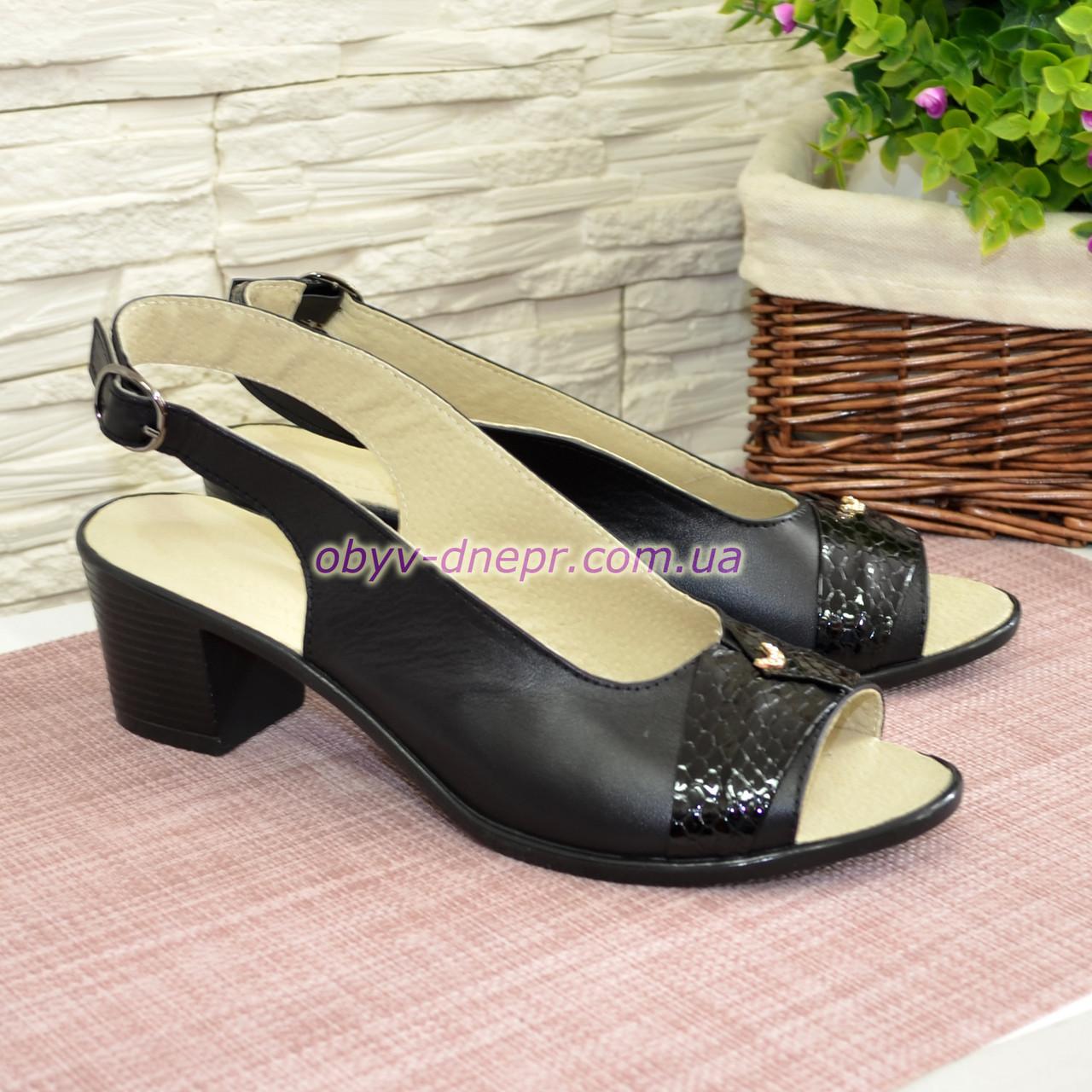 Босоножки женские кожаные на невысоком устойчивом каблуке