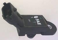Датчик тиску у впускному колекторi Fiat Doblo 1,4 8V (2005-2009) верхній