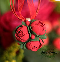 """Кулон с цветами из полимерной глины """"Красные пионы"""", фото 1"""