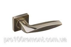 Ручка дверная на розетке GAVROCHE COBALTUM