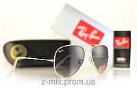 Зеркальные Солнцезащитные очки Ray Ban Aviator 3025 черного цвета