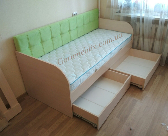 """На фото: детская и подростковая кровать """"Л-7"""", фото клиентов"""