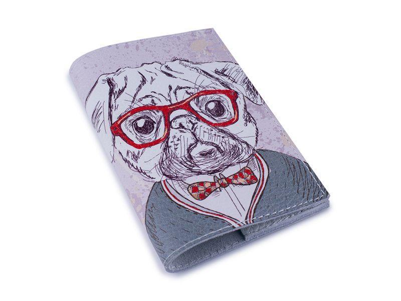 Обкладинка для паспорта -Мопс в окулярах-Шкіряна - Натуральна шкіра (Шкіряна обкладинка для паспор