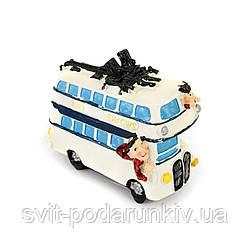 Копилка белая туристы на автобусе