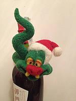 Новогодний подарок, новогодний сувенир на бутылку Змея на веселе, фото 1