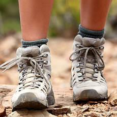 Взуття туристичне