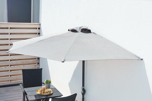 Зонт пристенный для балкона терассы под стену