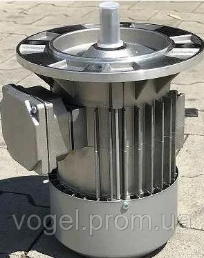 Мотор 2,2kW 2800 rp