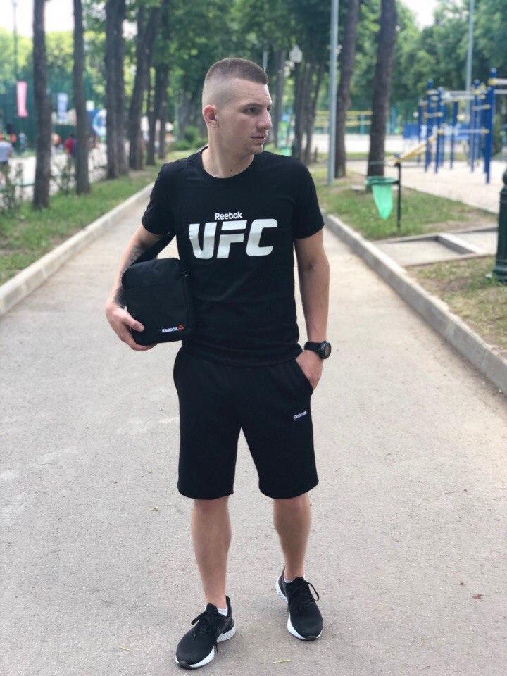 Костюм Футболка Черная+ Шорты Черные.  Барсетка в подарок! UFC.Reebok ( Рибок)