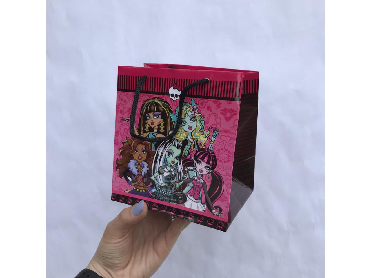Пакет подарочный #3(15*14*8)