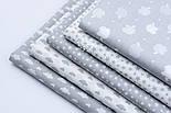 """Лоскут ткани """"Густая насыпь из звёзд разных размеров"""" серые на белом, коллекция Mini-mikro, №1888а, фото 7"""
