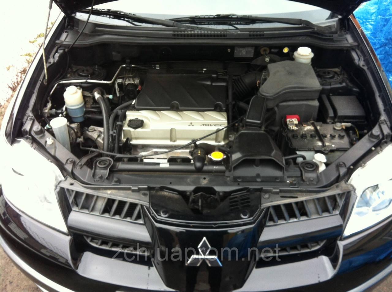 Радіатор води 2.0 і 2.4 Mitsubishi Outlander