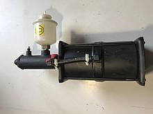 Усилитель пневмогидравлический УРАЛ задний с бачком Россия), 4320-3510011