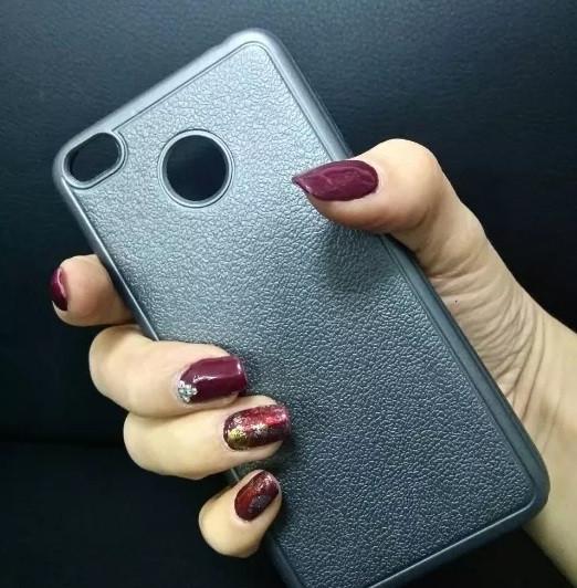 Силиконовый чехол для iPhone 5/5s/SE