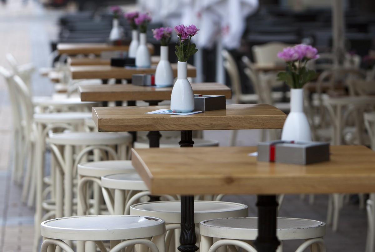 Столы для пабов баров и ресторанов