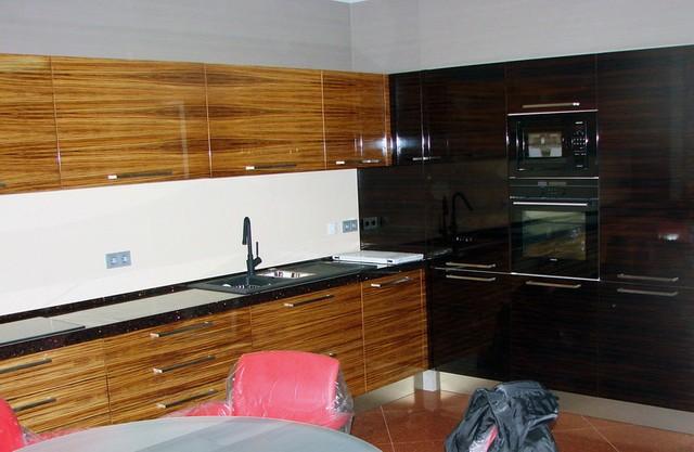 Мебель для кухни из шпона,  кухни шпон в Киеве